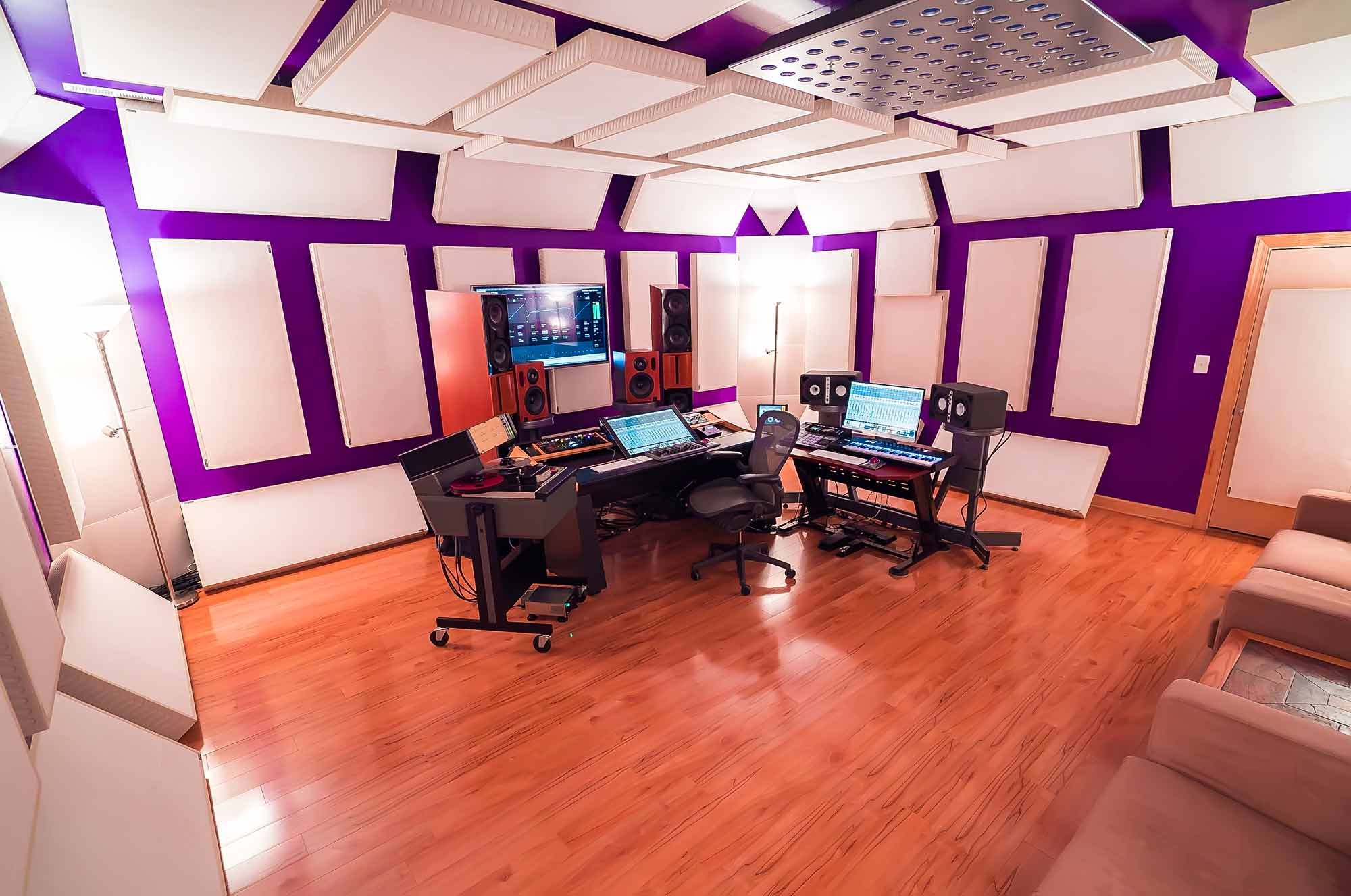 Cphonic Online Mastering and Mixing picture from back left of room